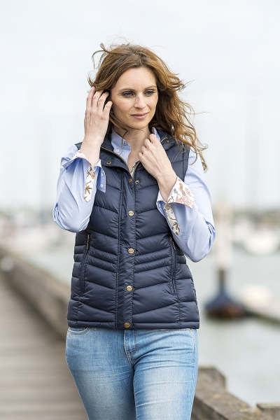 ASTRID   Fashionable quilted ladies jacket